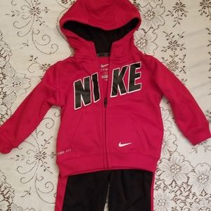 Nike therma fit track suit set